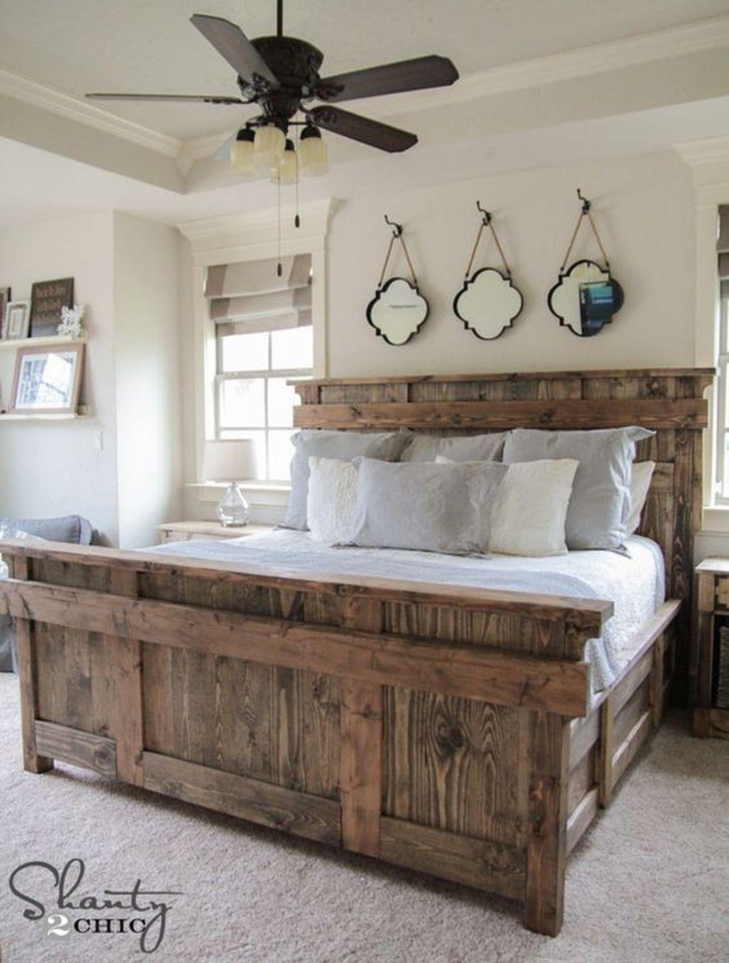 Amazing Farmhouse Style Master Bedroom Ideas 29