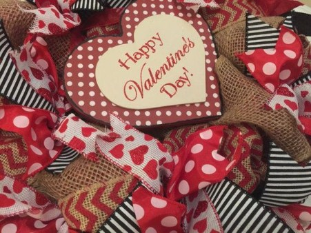 Amazing Minimalist And Modern Valentine Decoration Ideas 01