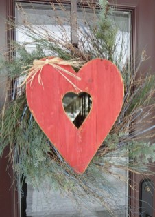 Amazing Outdoor Valentine Decoration Ideas 15