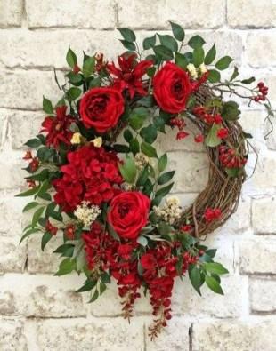 Amazing Outdoor Valentine Decoration Ideas 34