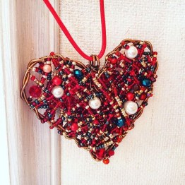 Beautiful Valentine Decoration Ideas For Your Home 02