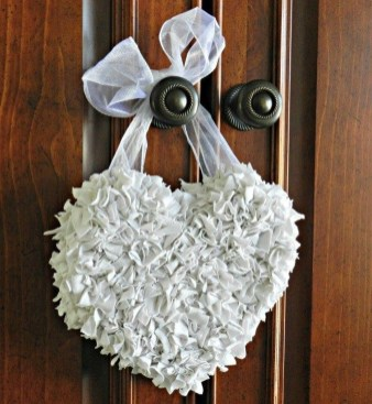 Beautiful Valentine Decoration Ideas For Your Home 31