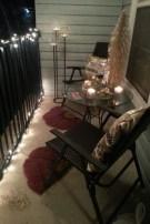 Cozy Apartment Balcony Decoration Ideas 04