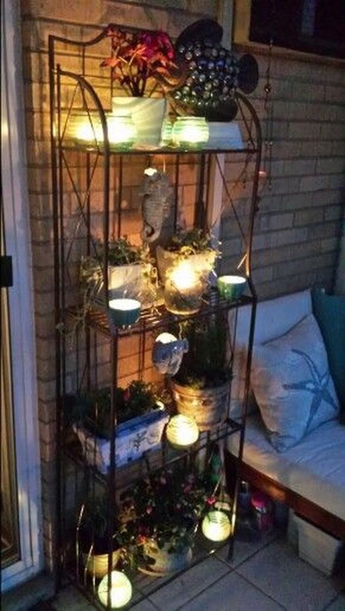 Cozy Apartment Balcony Decoration Ideas 18