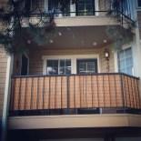 Cozy Apartment Balcony Decoration Ideas 21