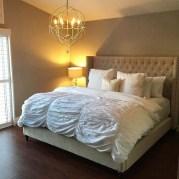 Elegant Small Master Bedroom Decoration Ideas 27