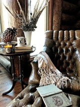 Warm And Cozy Classic Winter Home Decoration Ideas 34