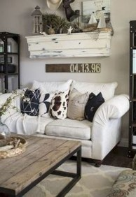 Amazing Rustic Farmhouse Living Room Decoration Ideas 05