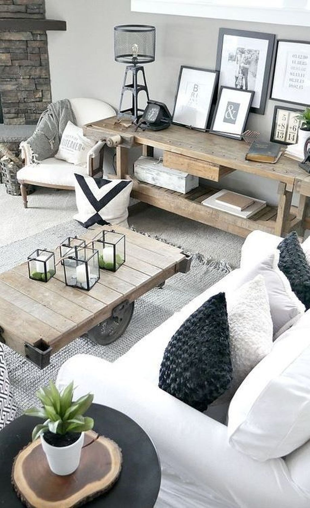 Amazing Rustic Farmhouse Living Room Decoration Ideas 13
