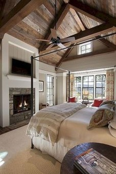 Awesome Rustic Farmhouse Bedroom Decoration Ideas 06