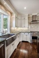 Awesome White Kitchen Backsplash Design Ideas 23
