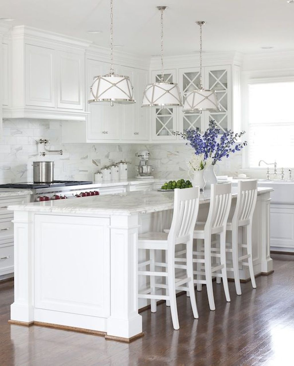 Awesome White Kitchen Backsplash Design Ideas 27