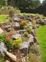Beautiful Front Yard Rock Garden Design Ideas 03