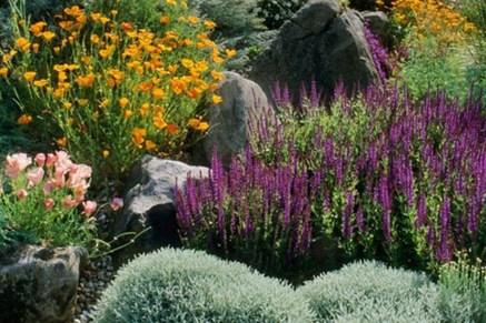 Beautiful Front Yard Rock Garden Design Ideas 34