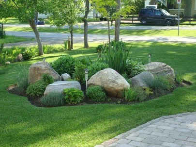 Beautiful Front Yard Rock Garden Design Ideas 36