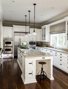 Best White Kitchen Cabinet Design Ideas 05