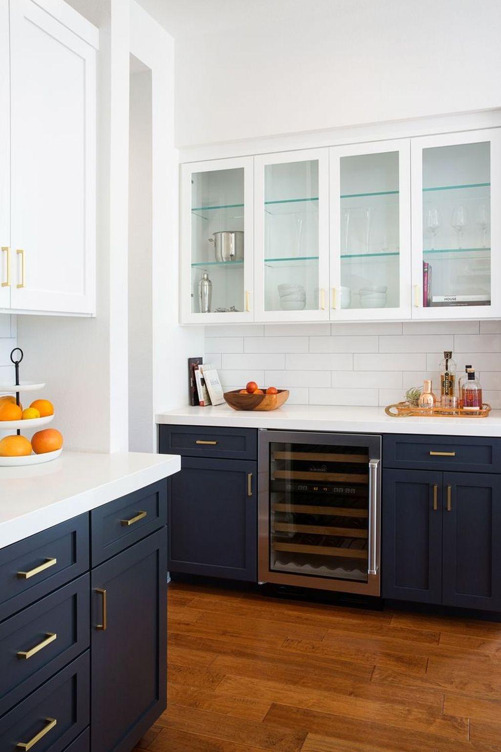 Best White Kitchen Cabinet Design Ideas 17