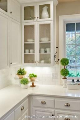 Best White Kitchen Cabinet Design Ideas 19