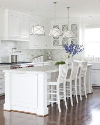 Best White Kitchen Cabinet Design Ideas 31