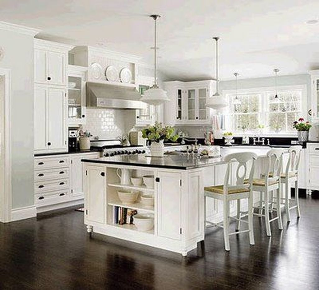 Best White Kitchen Cabinet Design Ideas 34