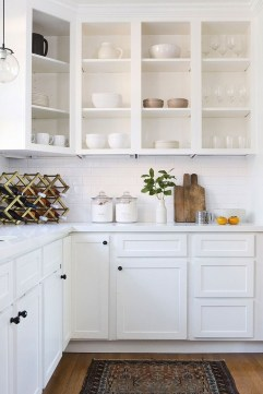 Best White Kitchen Cabinet Design Ideas 38