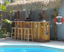 Cozy Backyard Patio Deck Design Decoration Ideas 17