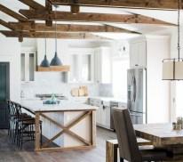 Farmhouse Home Decor Ideas 39