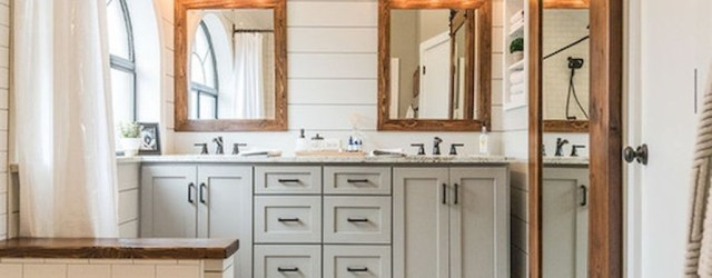 Fresh Rustic Farmhouse Master Bathroom Remodel Ideas 29