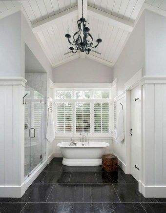 Fresh Rustic Farmhouse Master Bathroom Remodel Ideas 40