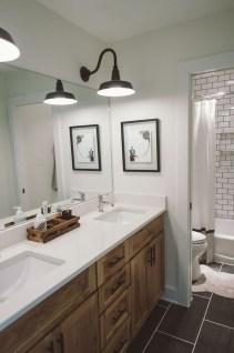 Fresh Rustic Farmhouse Master Bathroom Remodel Ideas 41