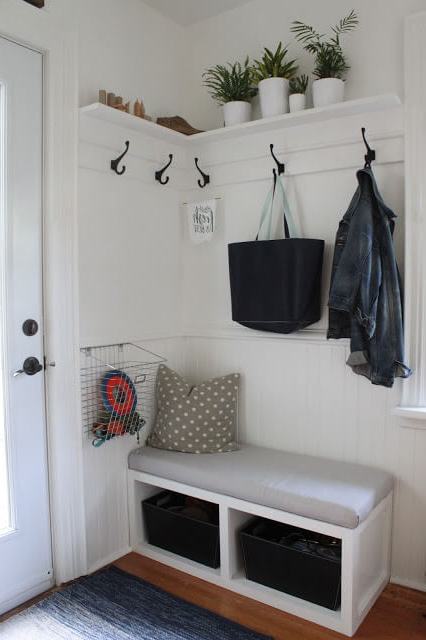 17 Diy Mudroom Entryway Storage Ideas For Very Small Spaces