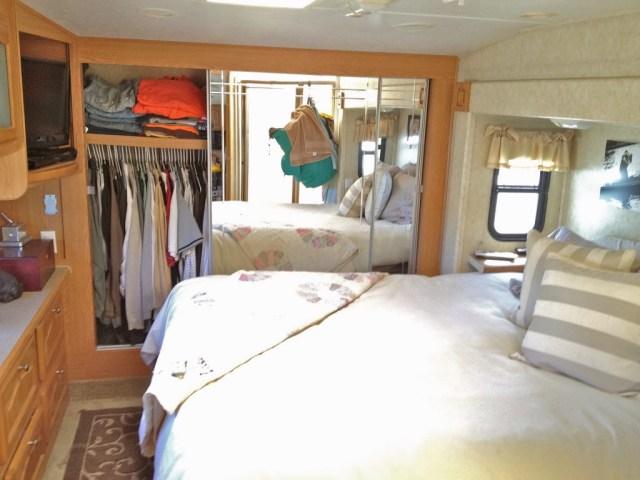 19 Elegant Camper Ideas 5th Wheel Renovation Ideas