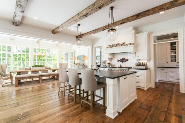 2017 Arda Custom Homes Royal Oaks Design Farmhouse