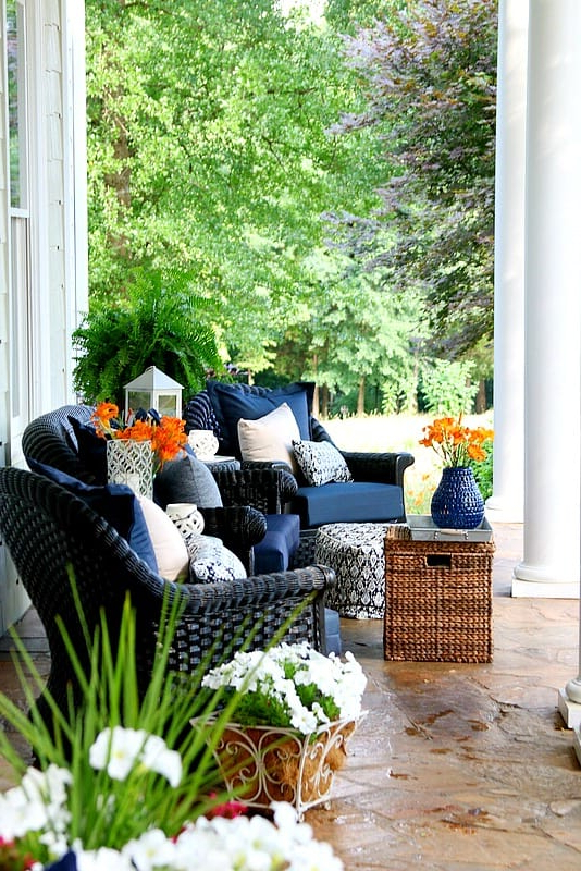 22 Stunning Summer Front Porch Decorating Ideas