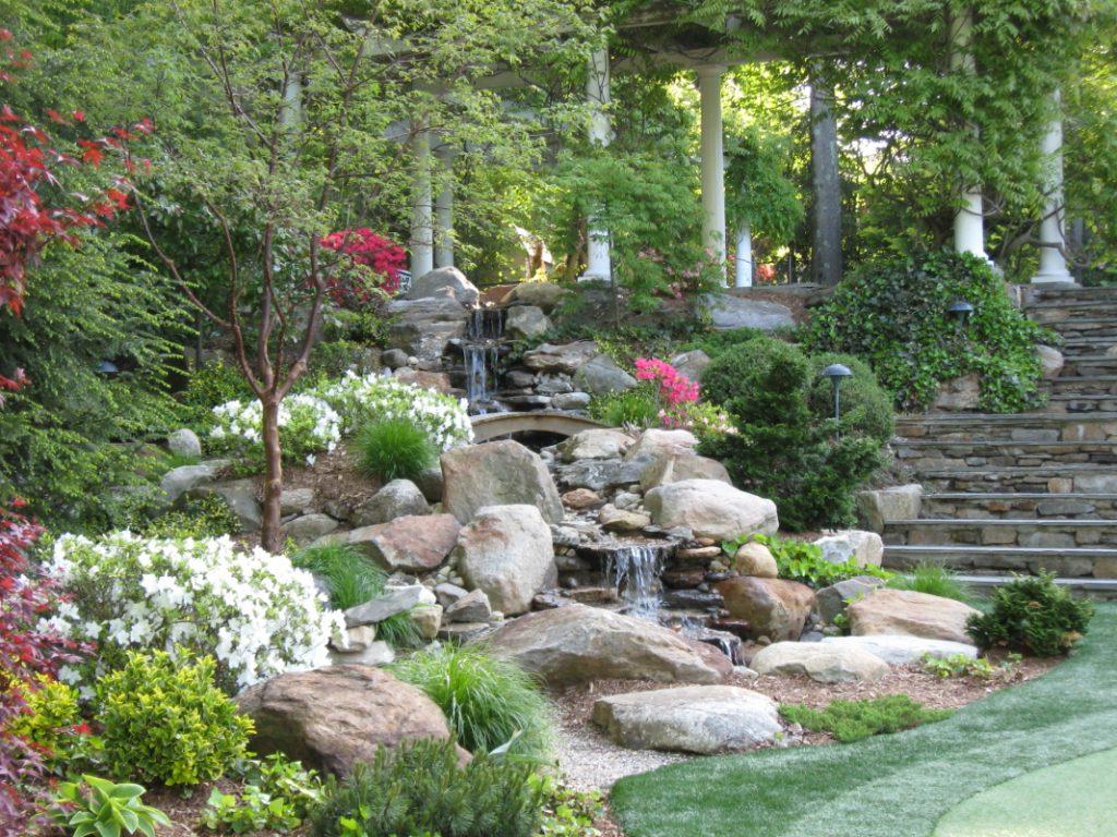 23 Breathtaking Backyard Landscaping Design Ideas