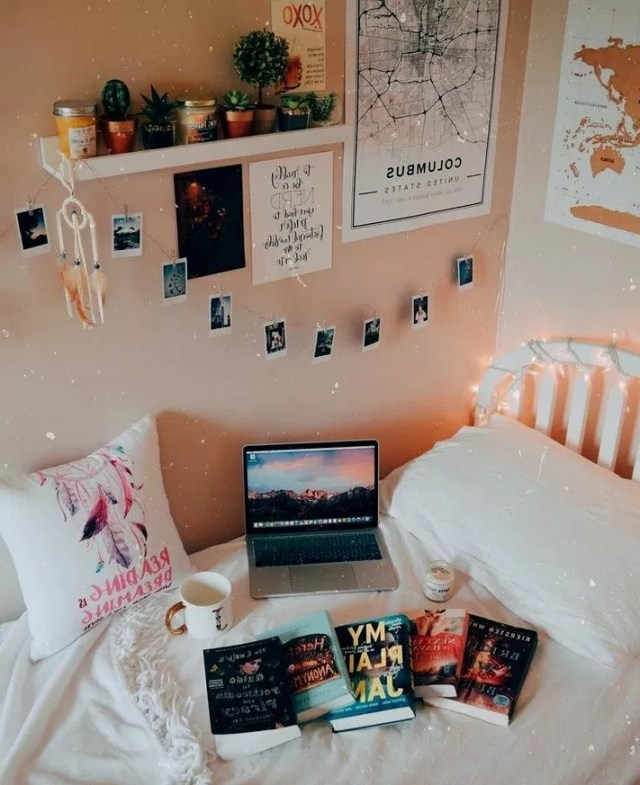25 Dorm Room Essentials Create A Stylish Space For