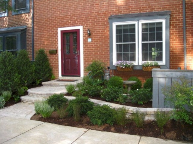 25 Stunning Small Curb Appeal Ideas For Your Front Yard