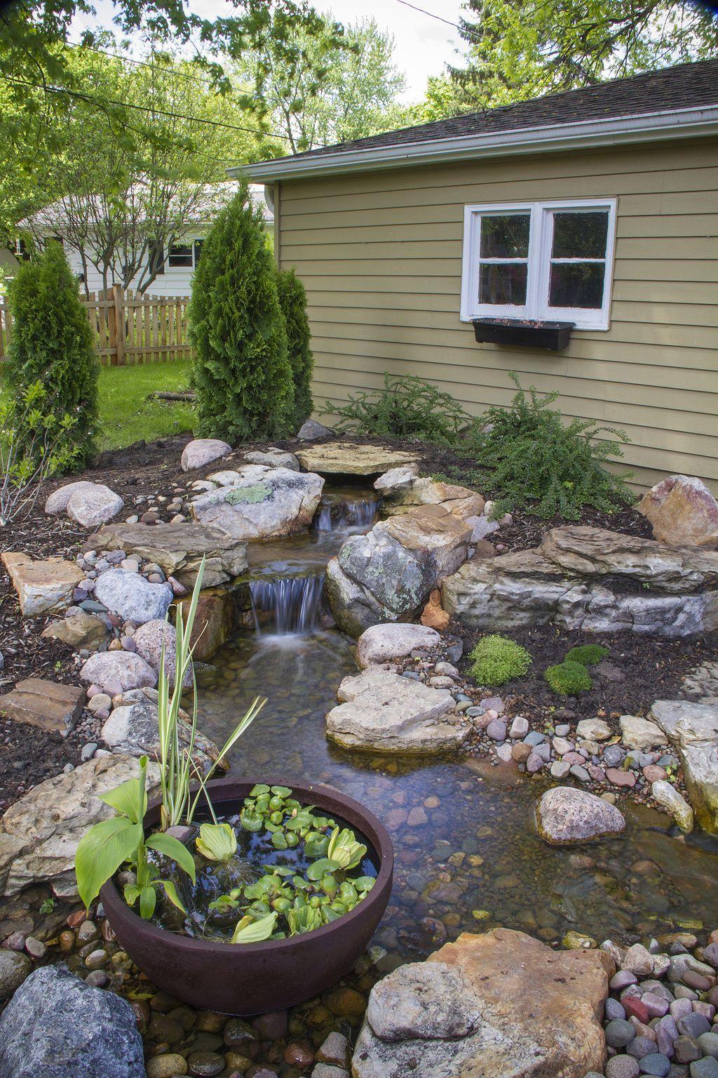 30 Cute Small Water Feature Ideas In Backyard