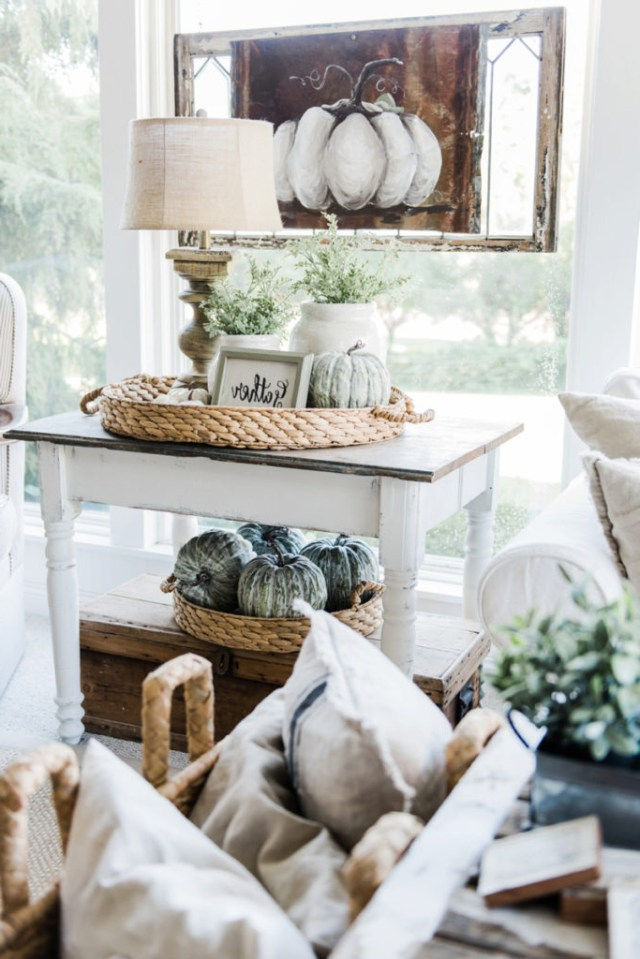 35 Stylish And Easy Fall Decorating Ideas Loombrand