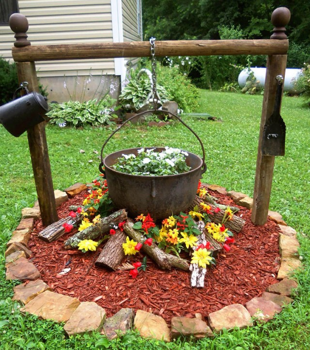 35 Unique And Beautiful Flower Bed Ideas For The Front