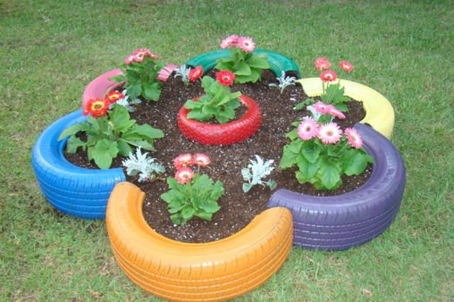 37 Easy And Cheap Beautiful Diy Garden Decor With Used