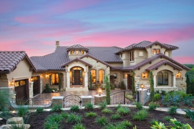 57 Best Stucco Homes Images On Pinterest Facades