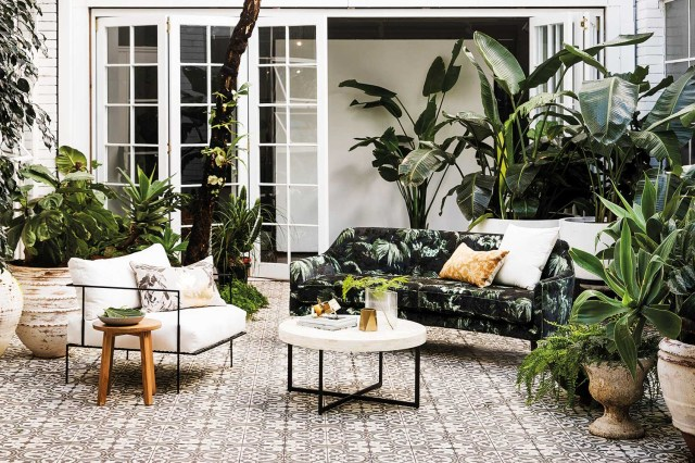 6 Signs Of A Neglected Courtyard Home Beautiful Magazine