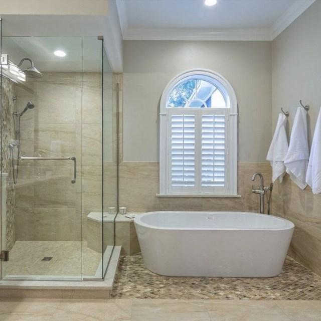 67 X 32 Freestanding Soaking Bathtub Master Bathroom