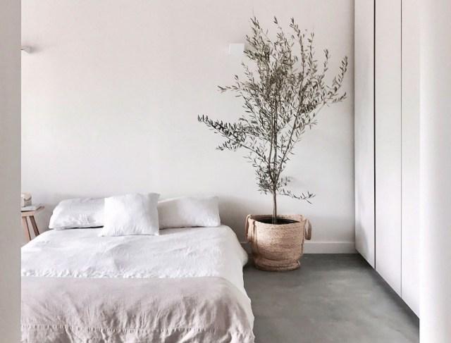 9 Essentials For A Minimal Comfortable Sleep Inducing