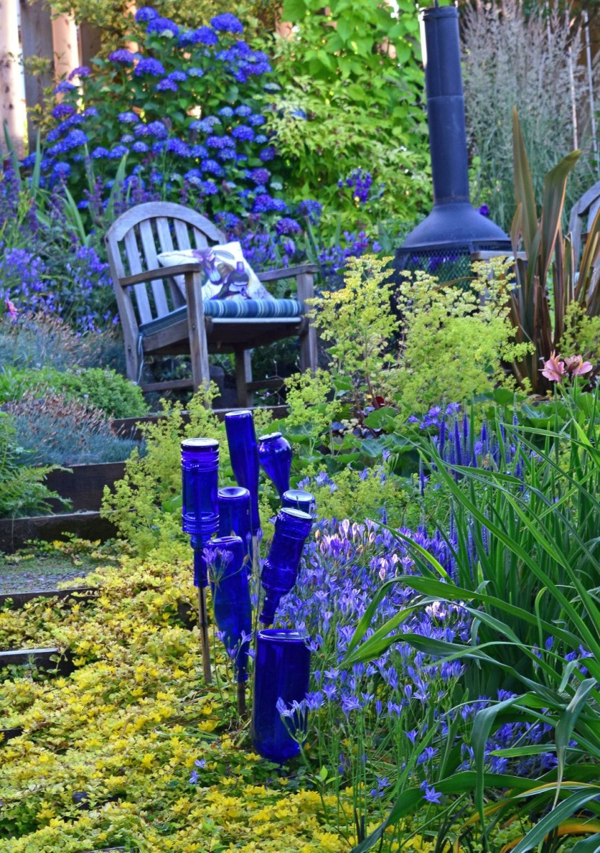 A Look Back At The Garden Small Cottage Garden Ideas