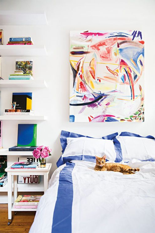 A Studio Full Of Style In 250 Sq Ft Bedroom Decor Inspiration Cool Dorm Rooms Home Decor
