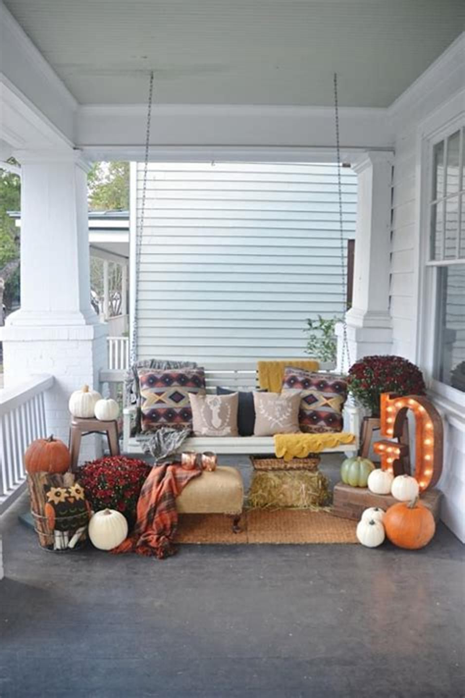 Awesome 30 Cozy Porch Swing Ideas Youll Love Fall