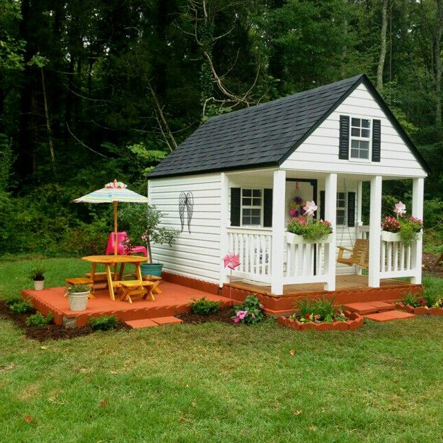 Beautiful Playhouse For Little Ones Play Houses