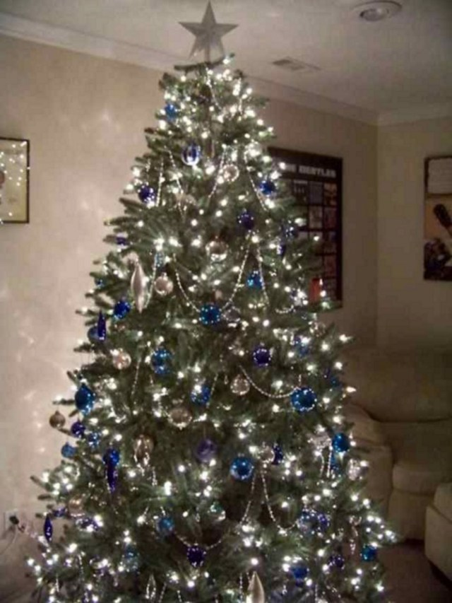 Blue And Silver Christmas Tree Decor221 Decorathing